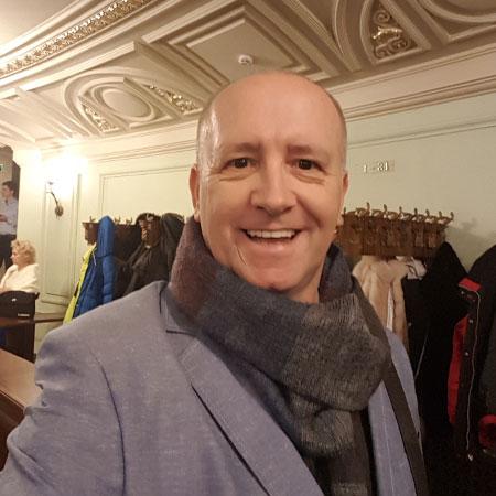 Jayc_head_scarf_opera
